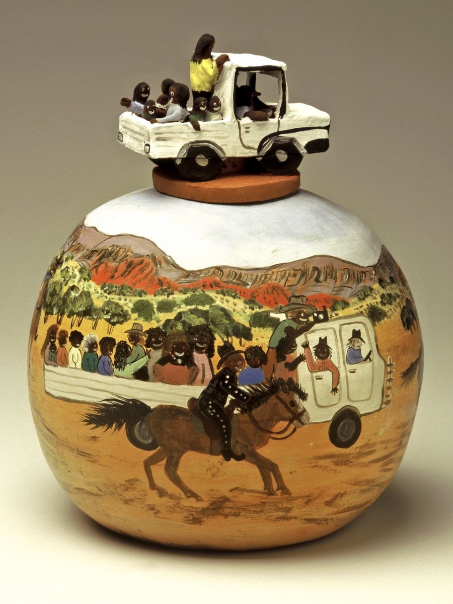 Hermannsburg pot with ute